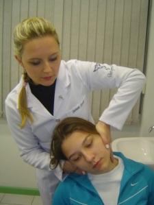 ajuste cervical sentado